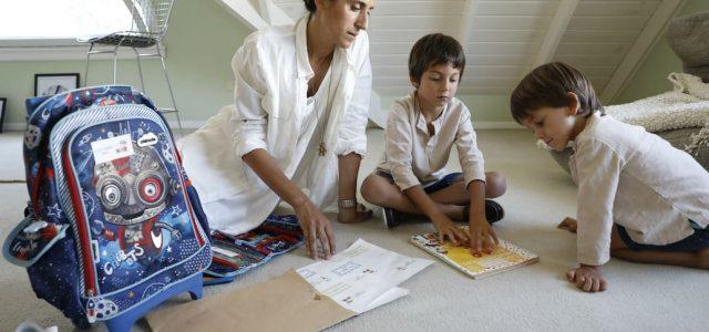 Nota: La Nación 14/2/20 Por: Evangelina Himitian Apenas le dio tiempo a sacarse las ojotas y a desarmar los bolsos de las vacaciones. Gabriela Oyola, de 42 años y madre […]